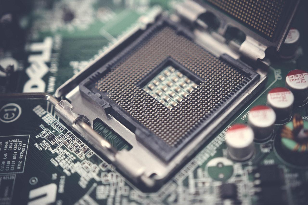 SketchUp podczas pracy wykorzystuje jeden rdzeń procesora.