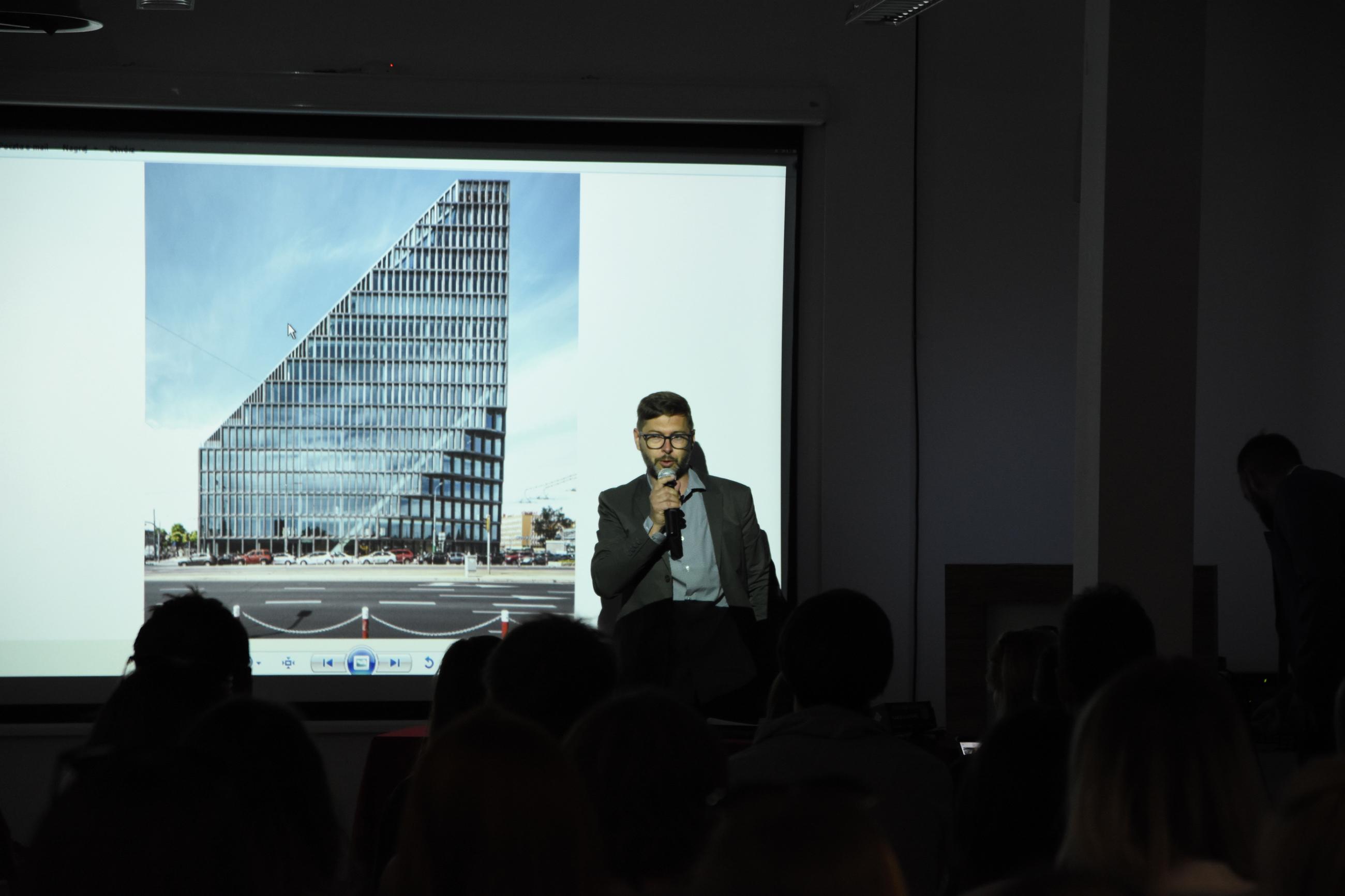 Paweł Natkaniec opowiedział historię Bałtyku w Poznaniu
